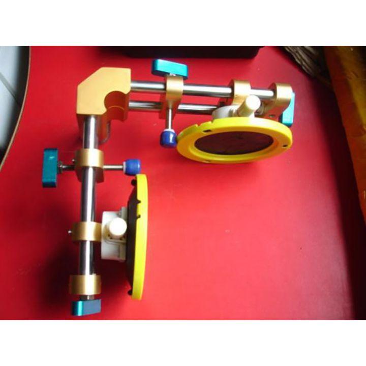 Монтажная струбцина с присосками угловая, комплект 1 шт